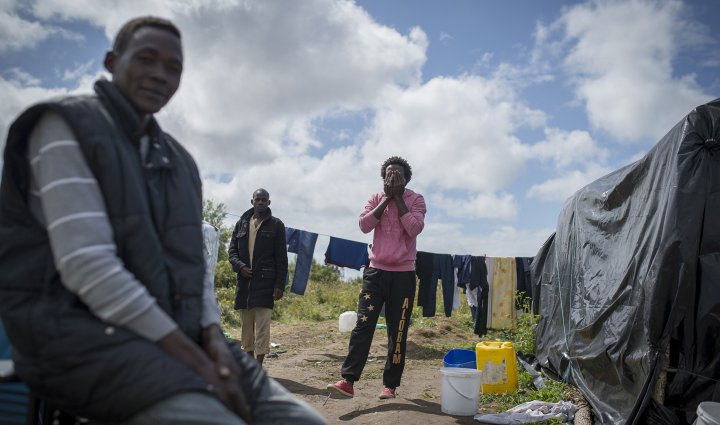 Calais : immersion dans la « jungle »